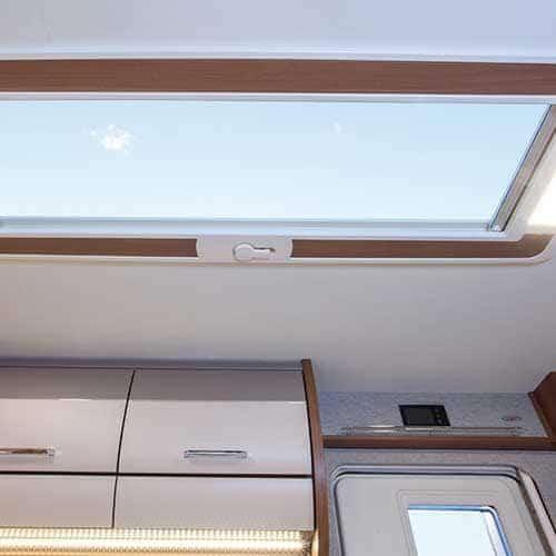 vivo 532-k skyroof חלון בגג הקרוואן G_M